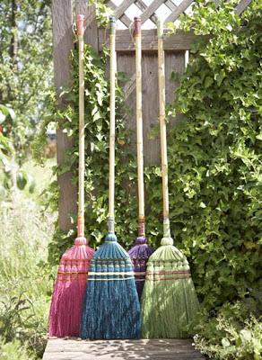 Ispirazioni balconi e giardini il cestino da picnic for Decorazione giardini stile 700